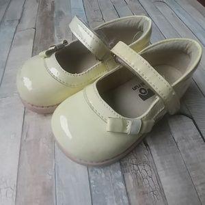 See Kai Run Mary Jane shoes